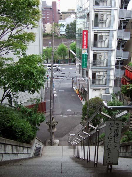 市谷八幡の男坂3