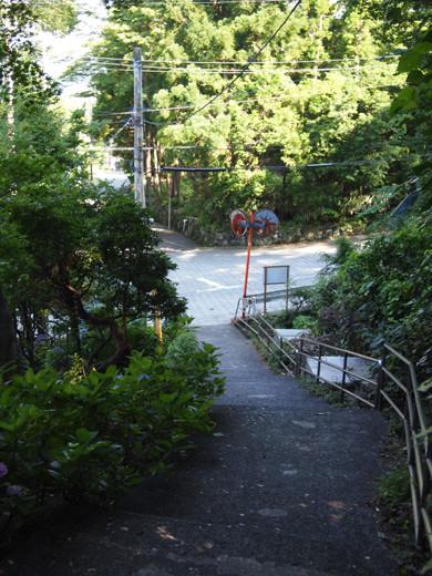 上強羅駅への坂道4
