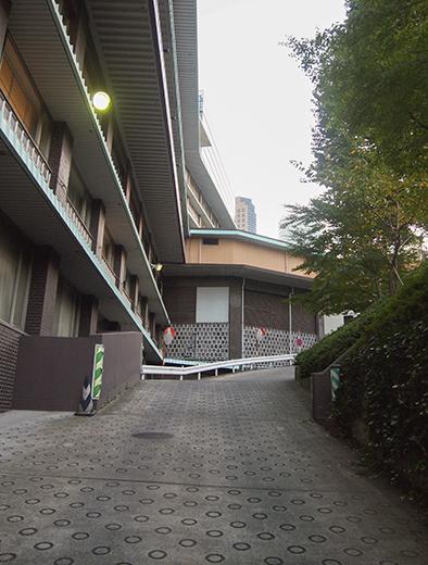 ホテルオークラ東京の坂道を歩いてみる4