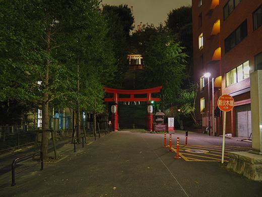 愛宕神社の男坂を夜にぶらりと1