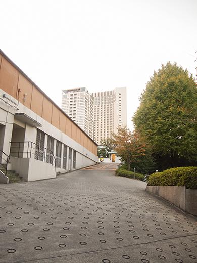 ホテルオークラ東京の坂道を歩いてみる11