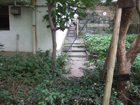 02_六本木ヒルズの消えた階段