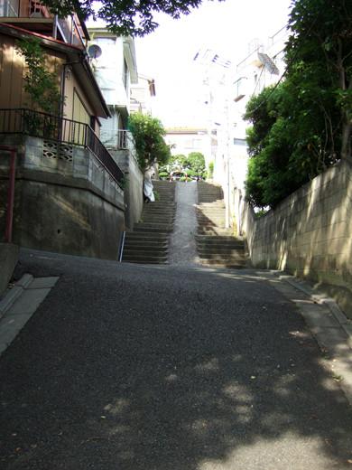 子安八幡神社のスロープ5