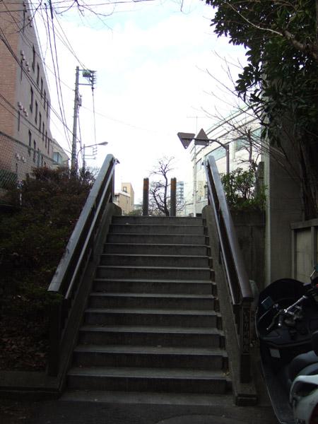 いもり川階段1
