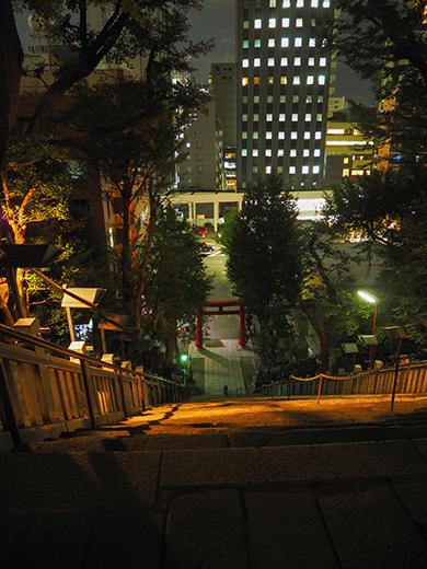 愛宕神社の男坂を夜にぶらりと3