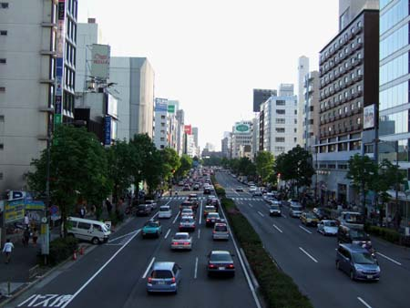 青山通り02