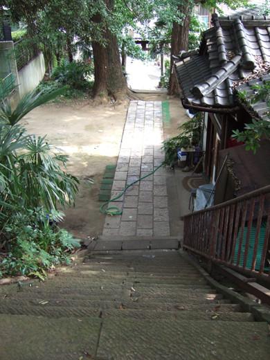 馬込城と湯殿神社の階段4