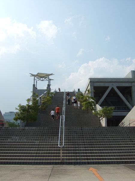 とある街の風景173(ビックサイトの階段)5