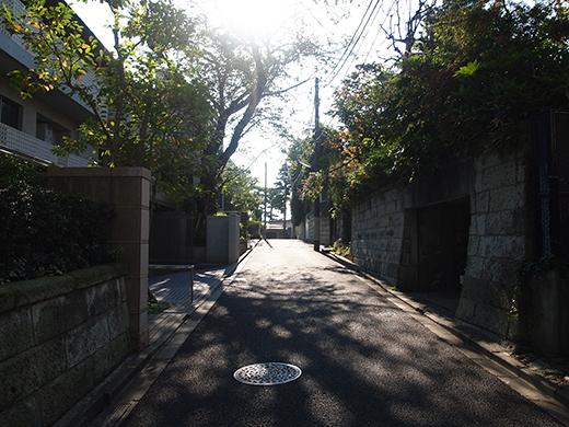 瀬田隧道の真上を通っている階段7