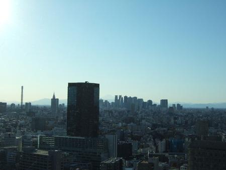文京シビックセンターからの富士山1