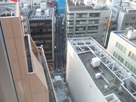 渋谷ヒカリエと宮益坂5