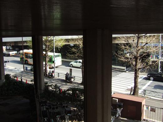 渋谷クロスタワーの階段と坂5