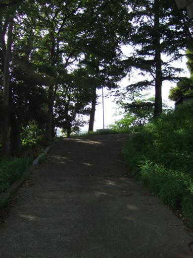 子安八幡神社のスロープ10