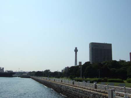 横浜マリンタワー2