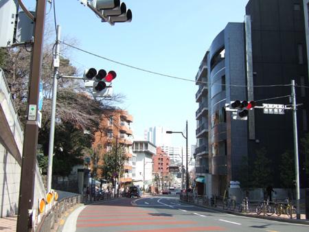 乃木坂 (NO.132) 1