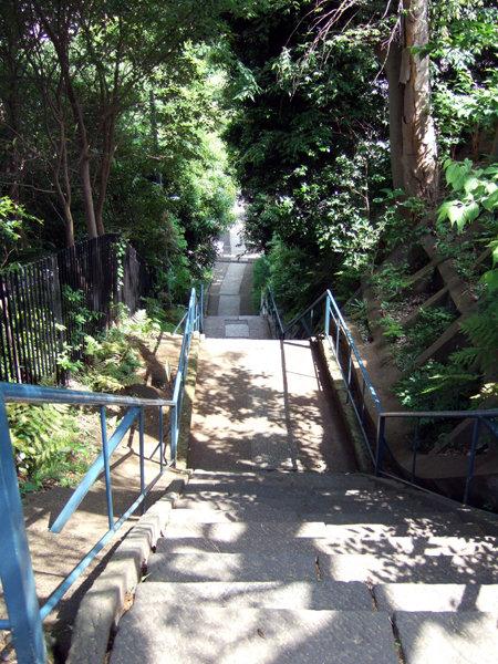 太田神社の階段1