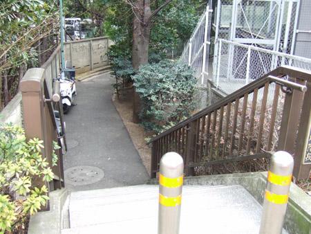 いもり川階段2