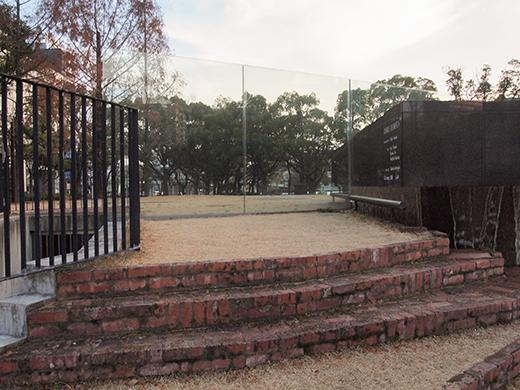 東山遊園地の慰霊と復興のモニュメント。そして21年5
