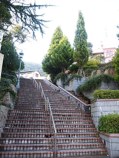 北野町広場へと上る階段1
