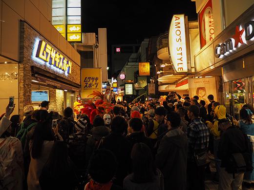 ハロウィンの日に渋谷で坂道散歩4