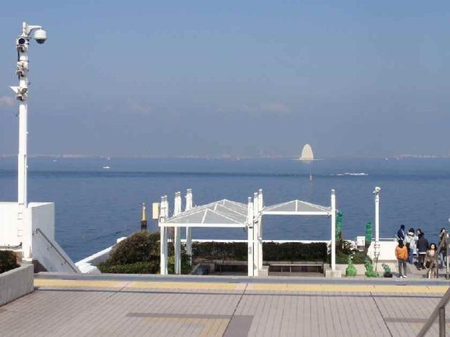 海ほたる_川崎方面 3.31