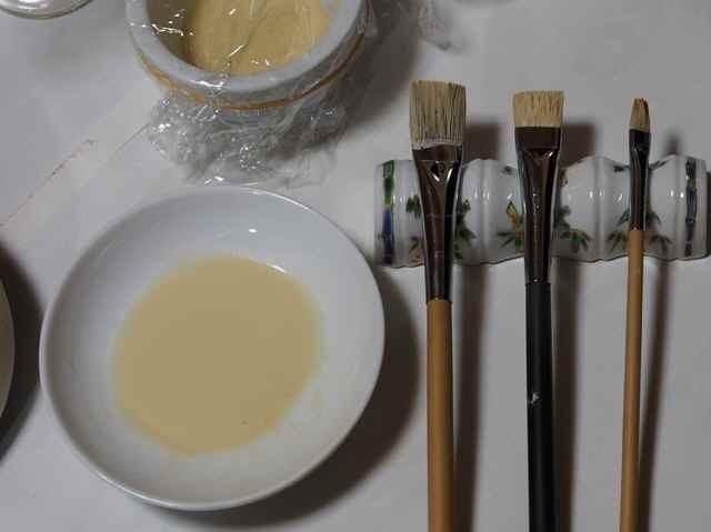 色胡粉と筆_11.16