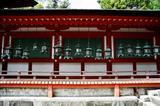本殿の釣り灯籠