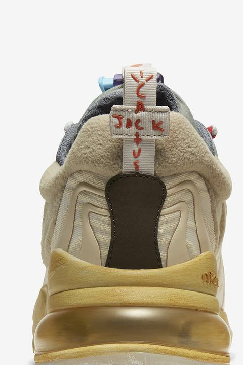 TS-Nike-270-05_95663