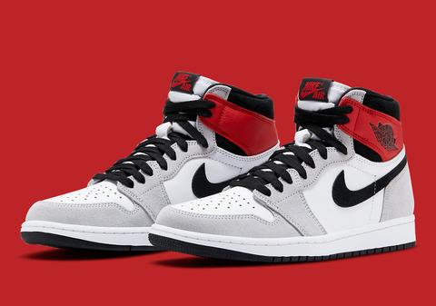 Air-Jordan-1-High-OG-Light-Smoke-Grey-555088-126-4