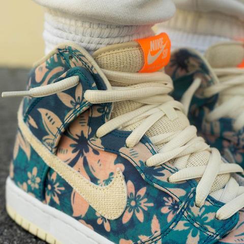 Nike-SB-Dunk-High-Hawaii-CZ2232-300-9