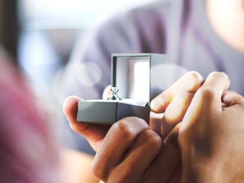 婚約指輪で彼と喧嘩になりました
