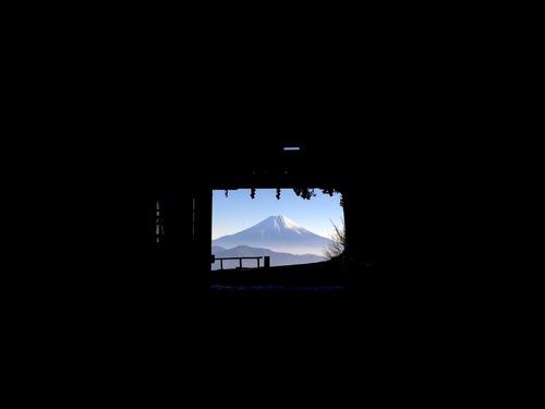山の旅社_2