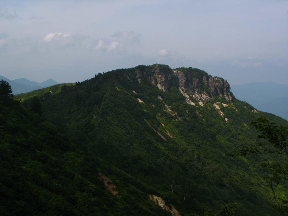 代案の三方岩岳
