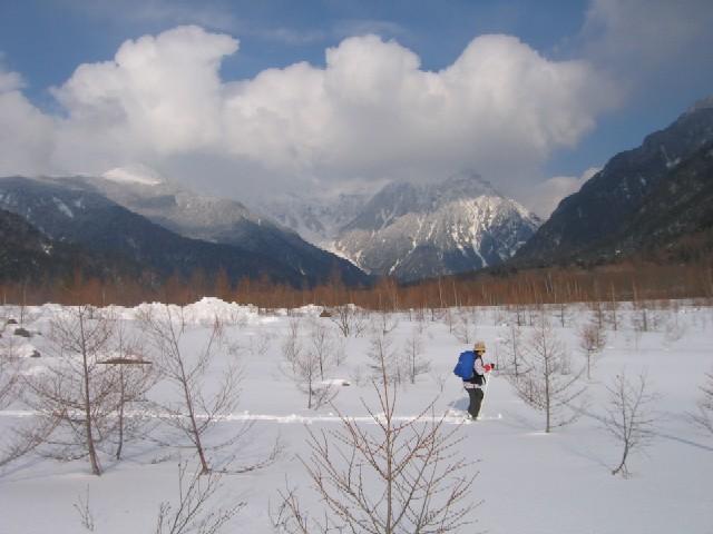 雪原を行く