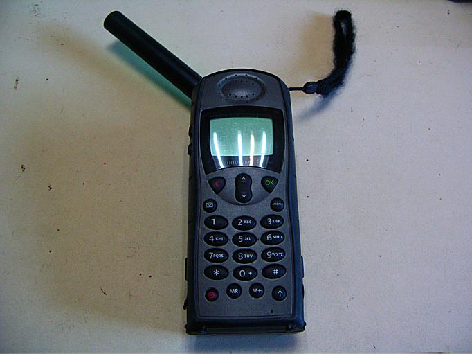 イリジウム衛星電話