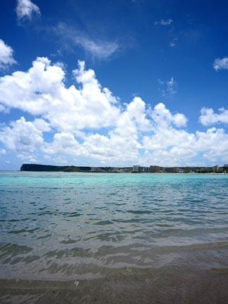 グアム海全景 ↓↓あなたの今日の応援クリックでさらにグアムへ。     グアムライブログ