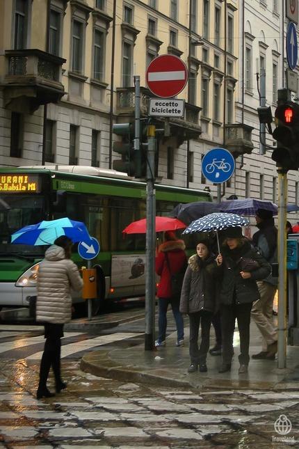 ミラノの傘4