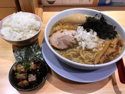 takahashiueno11