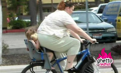 fat-lady-child-bike