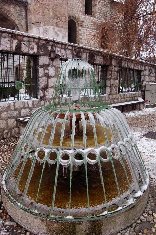サラエボ旧市街地の噴水