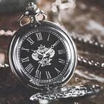 【速報】2019年3月号付録 オロビアンコの懐中時計、別冊付録『「北極点への道」植村直己』