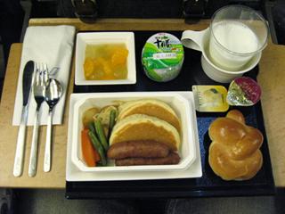 全日空010便の機内食