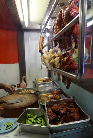 マラッカチキンライスの名店「古城鶏飯粒店(ファモサ チキンライスボール)」 @マレーシア・マラッカ