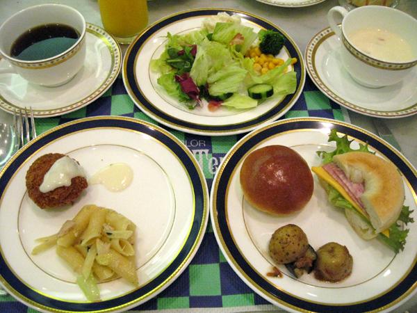 グランドプリンスホテル赤坂の「ランチブッフェ(カフェ・ド・クレープ)」を食す!