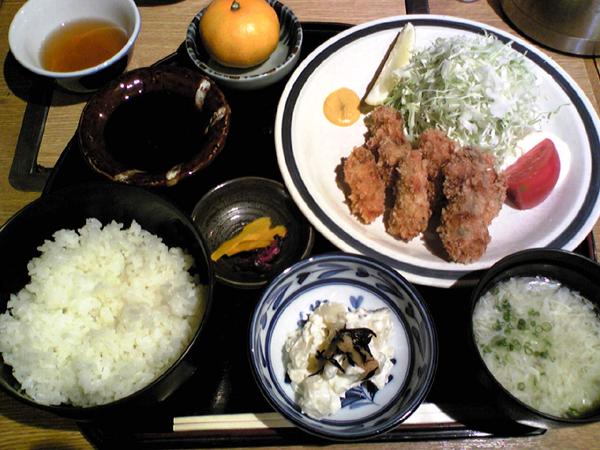 恵比寿「海の家」で牡蠣フライを食す!