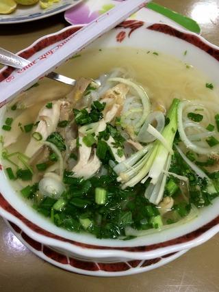 地鶏スープのフォー「DAI CAT TUONG」 @ホーチミン