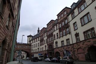 フランクフルト中央駅からレーマー広場まで
