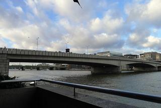 タワー・ブリッジとロンドン・ブリッジ @ロンドン