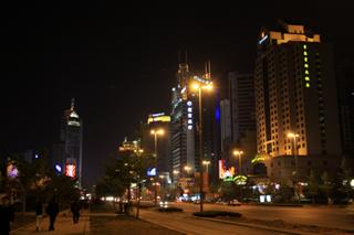 青島 香港中路沿いの夜景観光