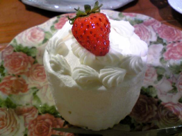 青山「アニバーサリー(anniversary)」のケーキを食す!